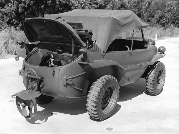 Военный прототип автомобиля- амфибии Volkswagen