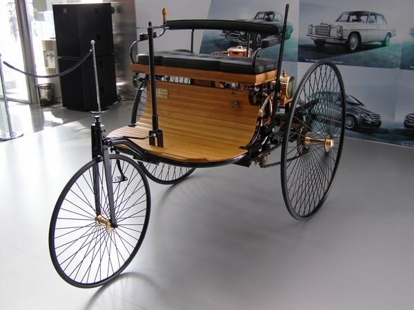 Трехколесный автомобиль Карла Бенца