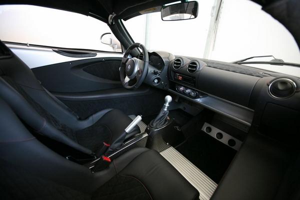 Салон Hennessey Venom GT