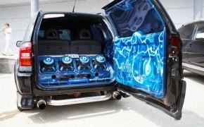 Выбор и подключение сабвуфера в машину