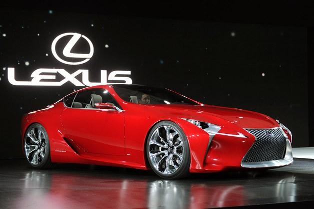 Марка Lexus