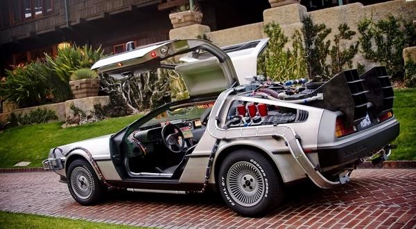 Двери DeLorean DMC-12