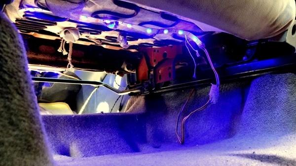 Проверка работы подсветки ног авто