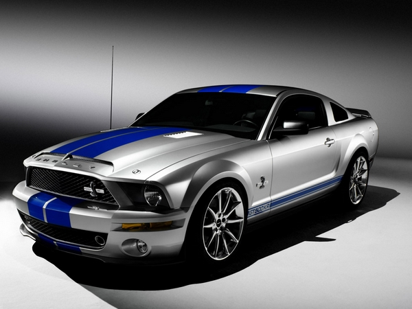 fFord Mustang Shelby GT 500