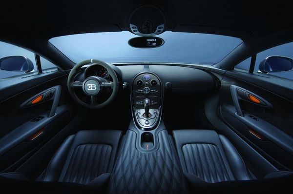 салон Bugatti Veyron 16.4 Super Sport
