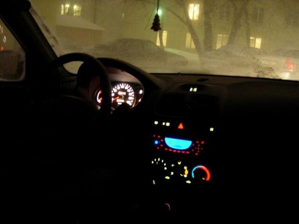 яркость подсветки зимой ночью