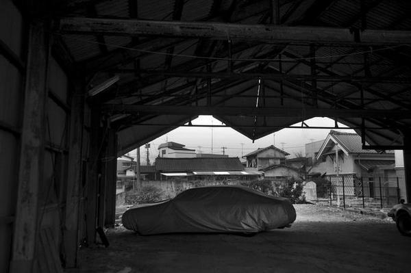 авто в гараже